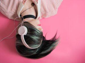 Una ceguera simulada puede mejorar la audición